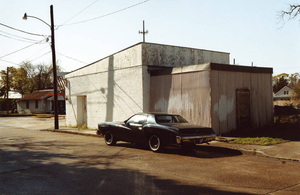 The Black Car without Plate, Luisiana, 2010.