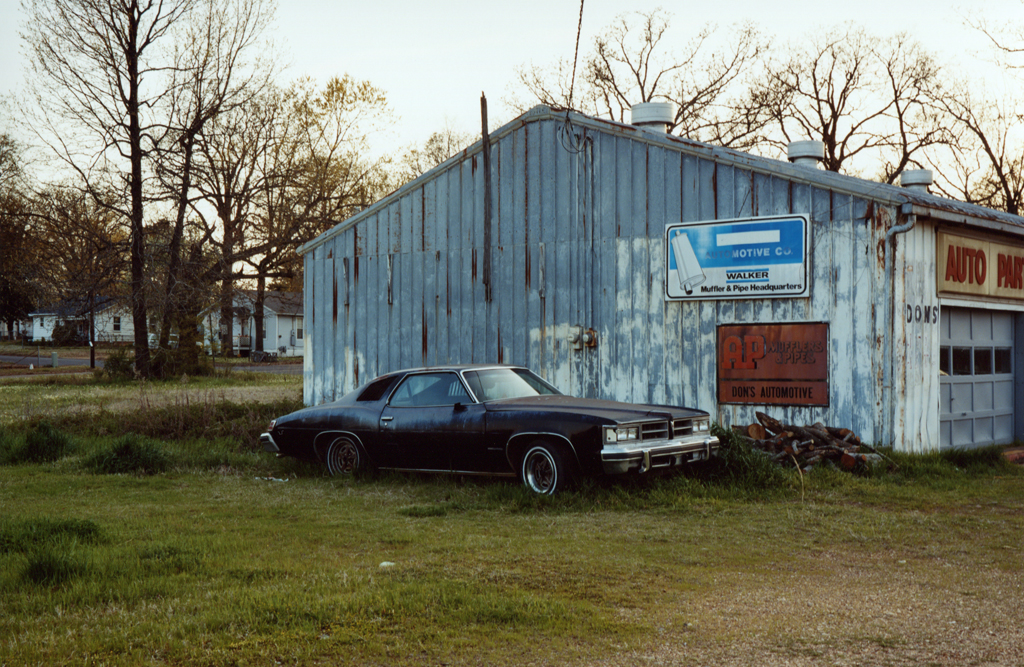 The Auto Parts' Black Car, Luisiana, 2010.