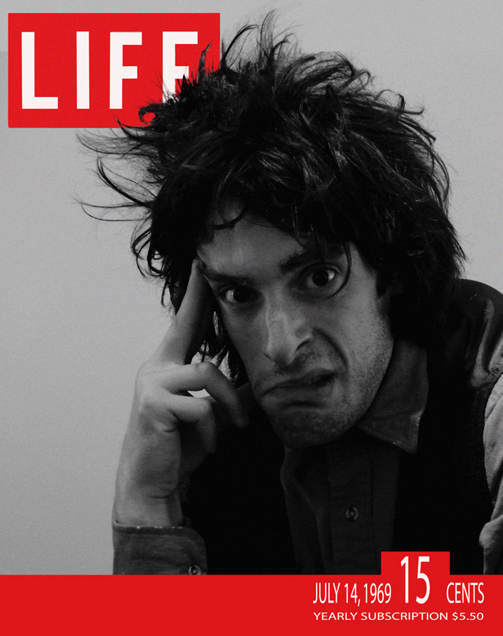 "Will Janowitz, Actor, Mock Life Magazine for short movie ""The Gnome"", New York, 2007."